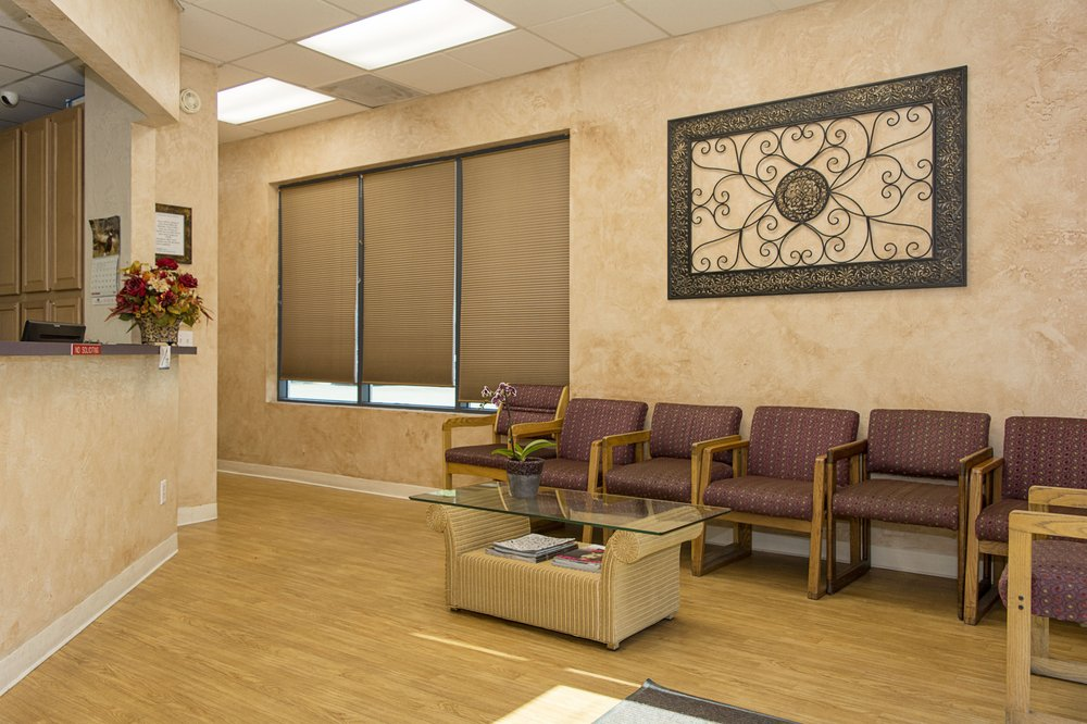 Antelope Valley Urgent Care - Garrison Family Medical Group - Urgent Care Solv in Palmdale, CA