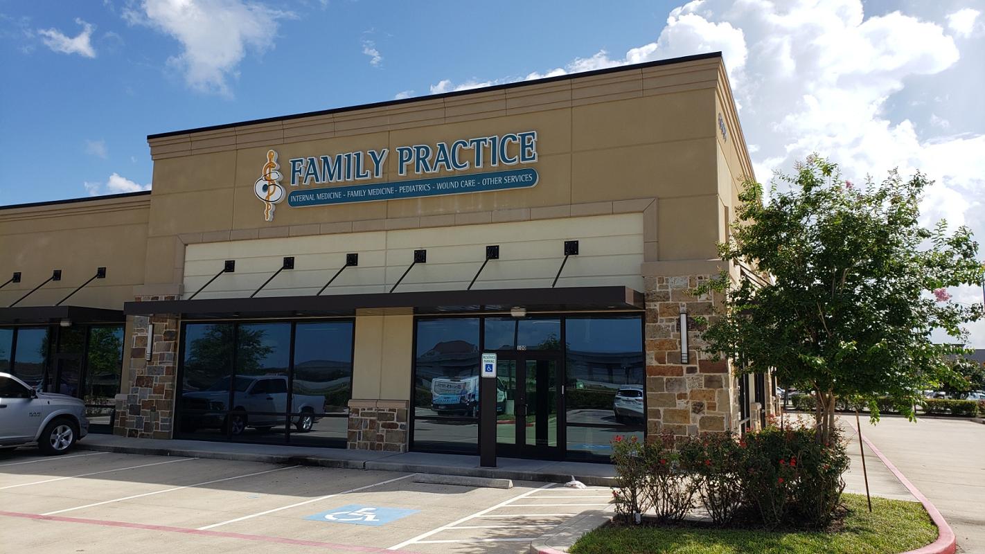 Bay Area Transitional Clinic - Family Practice - Urgent Care Solv in La Marque, TX
