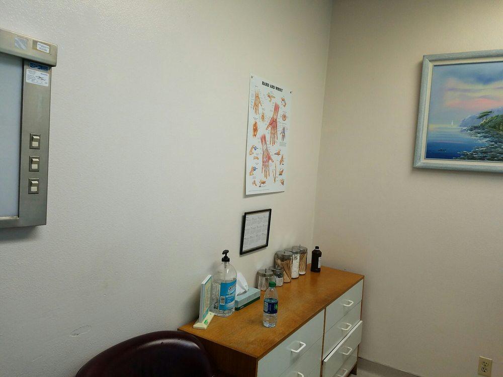 Sunrise Multispecialist Medical Center and Urgent Care - Urgent Care Solv in Orange, CA