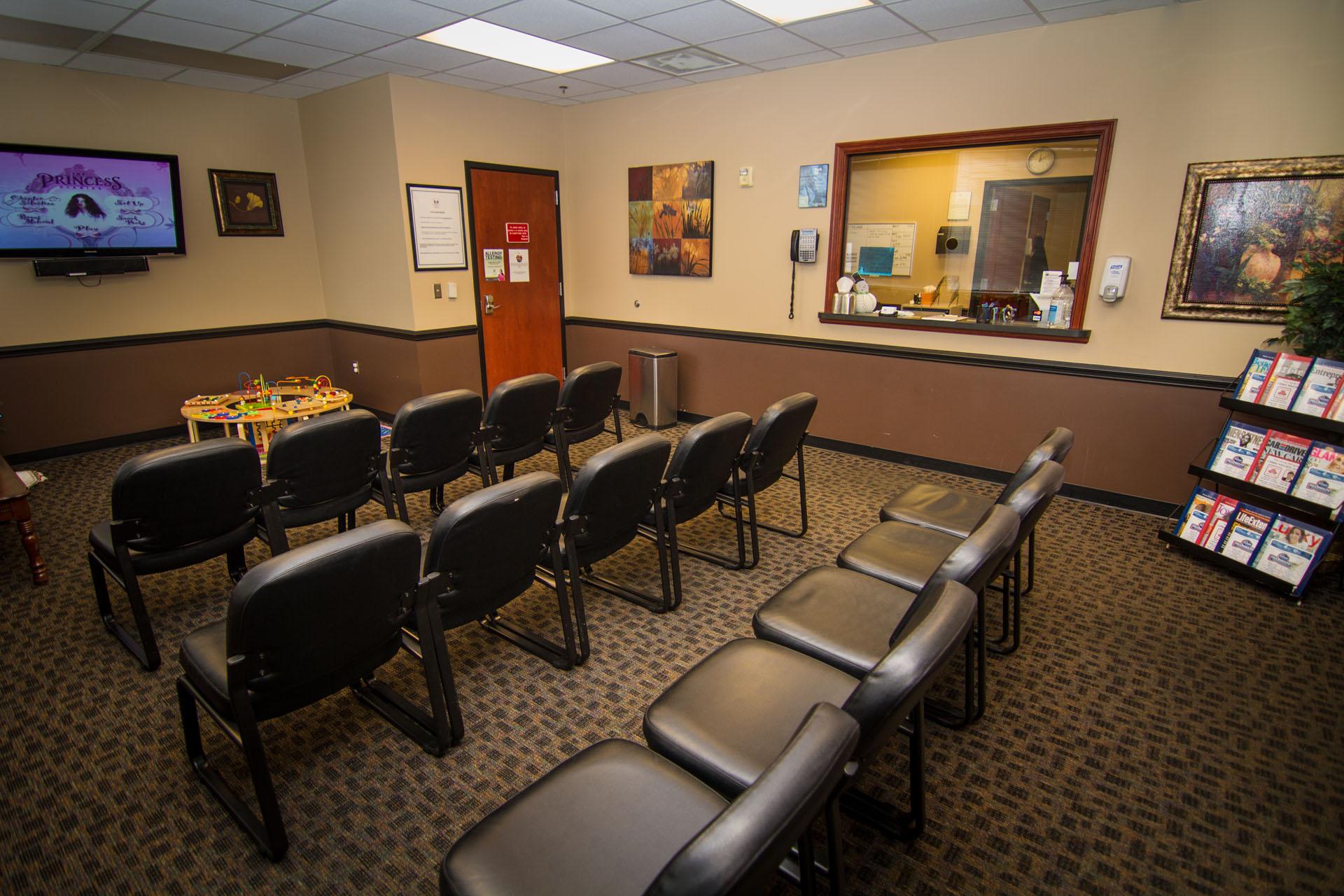 America's Family Doctors Walk-in Clinics - Spring Hill - Urgent Care Solv in Spring Hill, TN