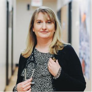 Elizabeth Saul-Collins, APRN - Family Physician